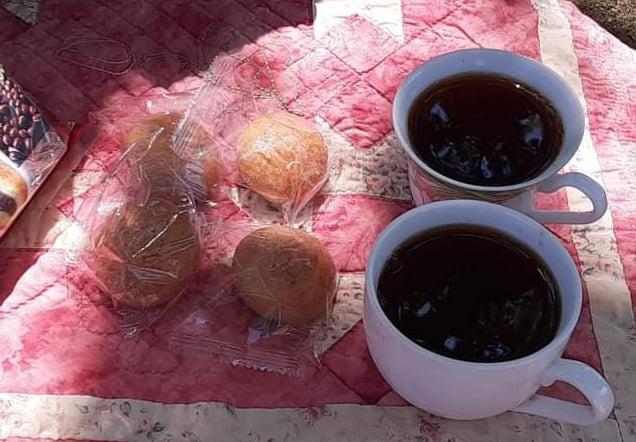 山田池公園でお茶を