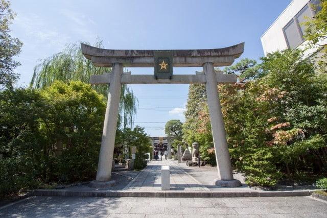 晴明神社一の鳥居