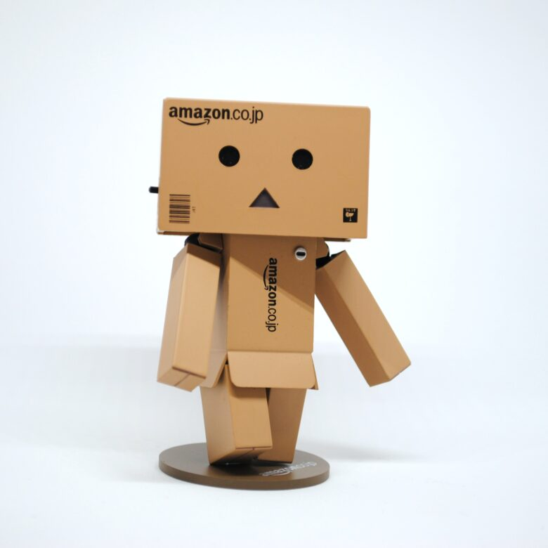 Amazonキャラクター人形