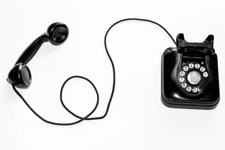 解約の電話をかける時の画像